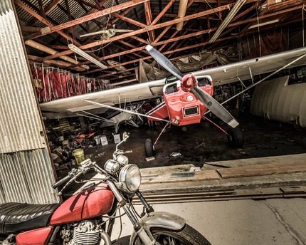 3 Planes, a wing and a bike